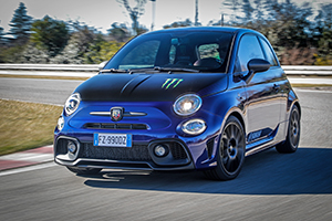 Abarth 595 Monster Energy Yamaha 5