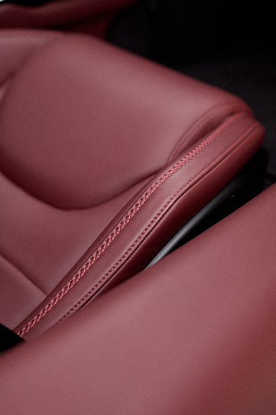 Large 12035 McLaren GT Barolo Softgrain Aniline Leather seat with Barolo colour stitching